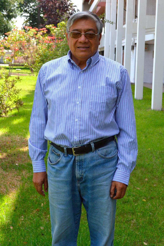 Dr. Mario Pérez