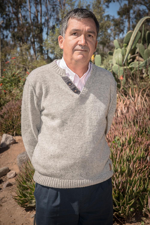 Dr. Pedro León