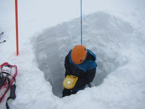 Una de las conclusiones de la investigación muestra que en sitios donde la capa de nieve tiene un gran contenido de frío, una importante parte de la disponibilidad de agua nieve se recongela.
