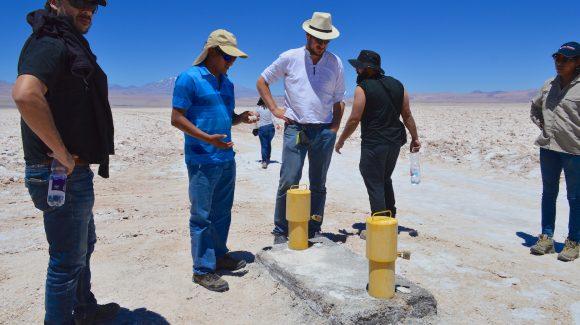 Con colaboración del centro científico CEAZA y del CEITSAZA, en San Pedro de Atacama: Comunidad de Peine busca establecer una plan de observación de recursos hídricos