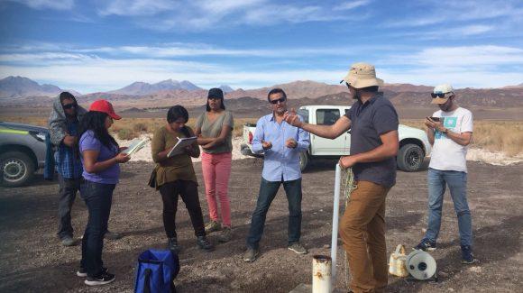 En San Pedro de Atacama: Avanzan en la capacitación para el monitoreo de recursos hídricos en la comunidad de Peine