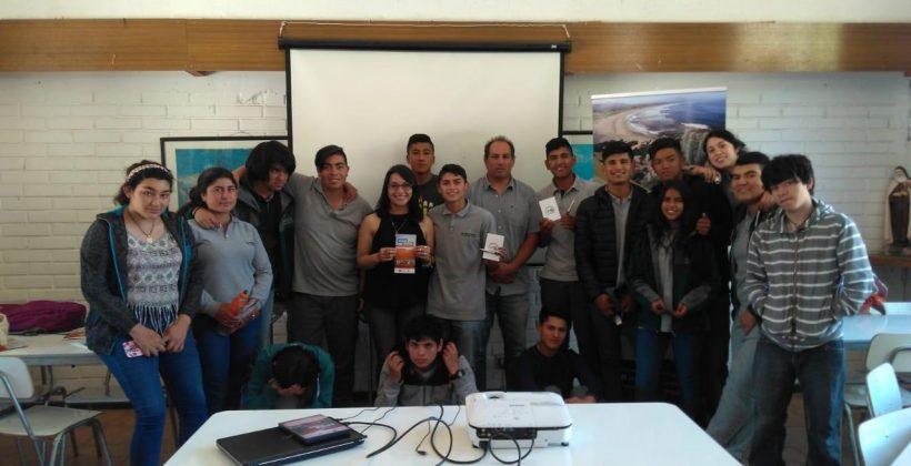 """Comunidad de la Región de Coquimbo asistió al lanzamiento de """"Agua y Arena: Una travesía por el desierto de Atacama"""""""