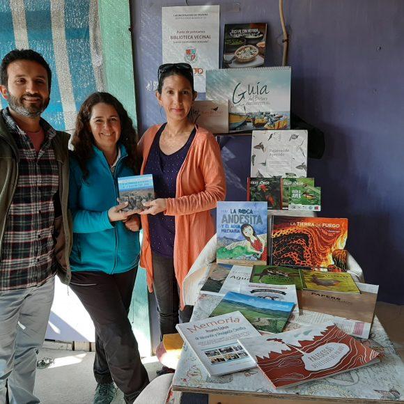Más de una decena de textos entrega CEAZA a la Biblioteca de Chañaral de Aceituno