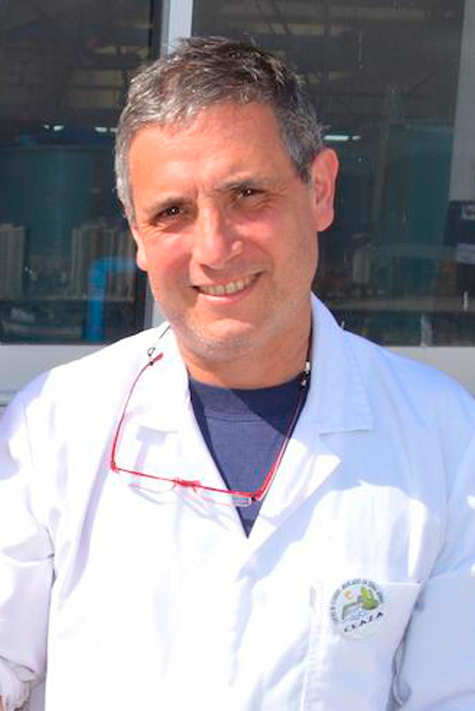 Dr. Patricio Manríquez